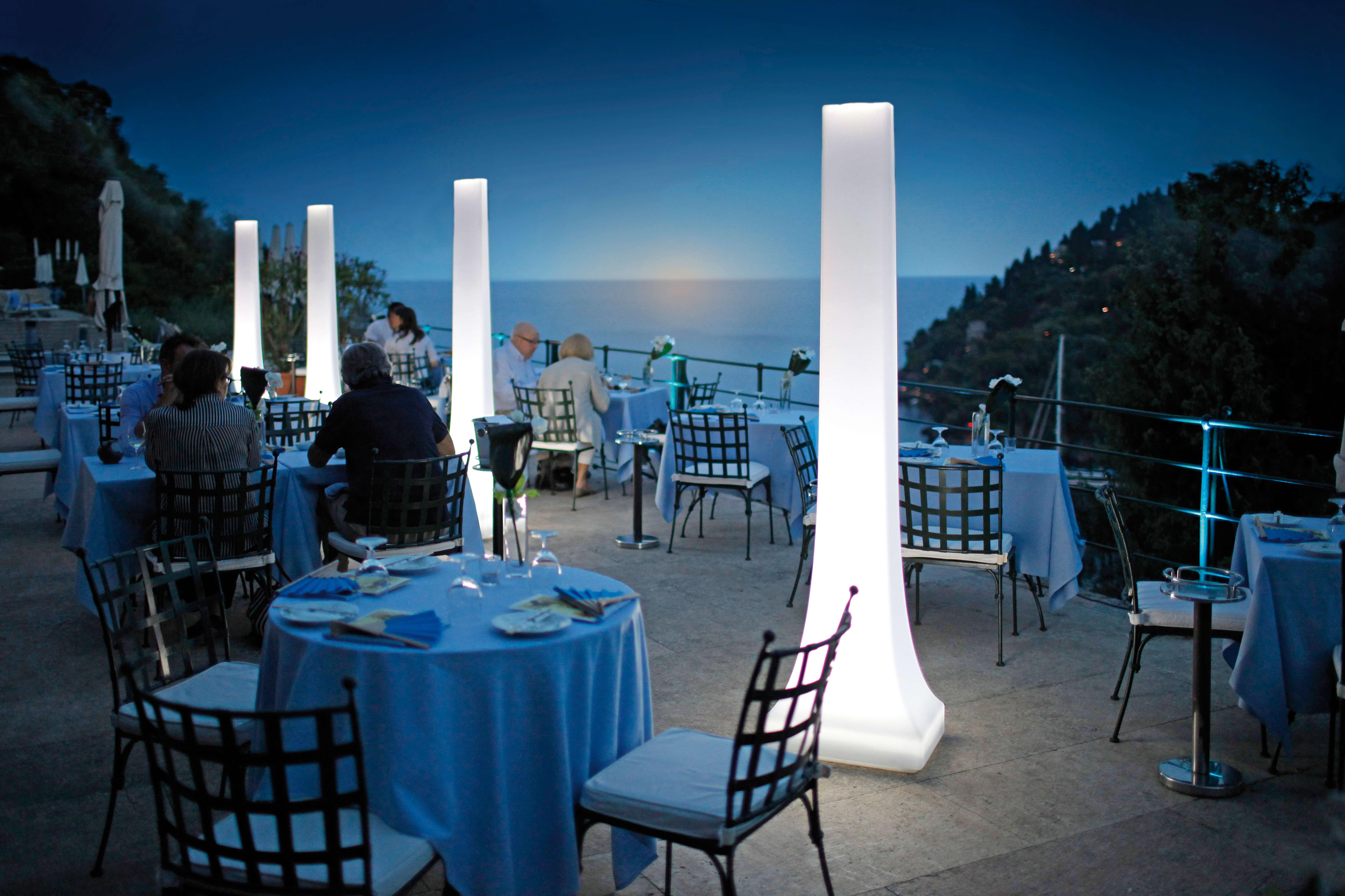 skytop leuchten und heizung lieferung in ganz sterreich und europa. Black Bedroom Furniture Sets. Home Design Ideas